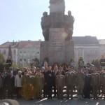 Presedintele Iohannis la Monumentul Ostasului Roman din    Arad
